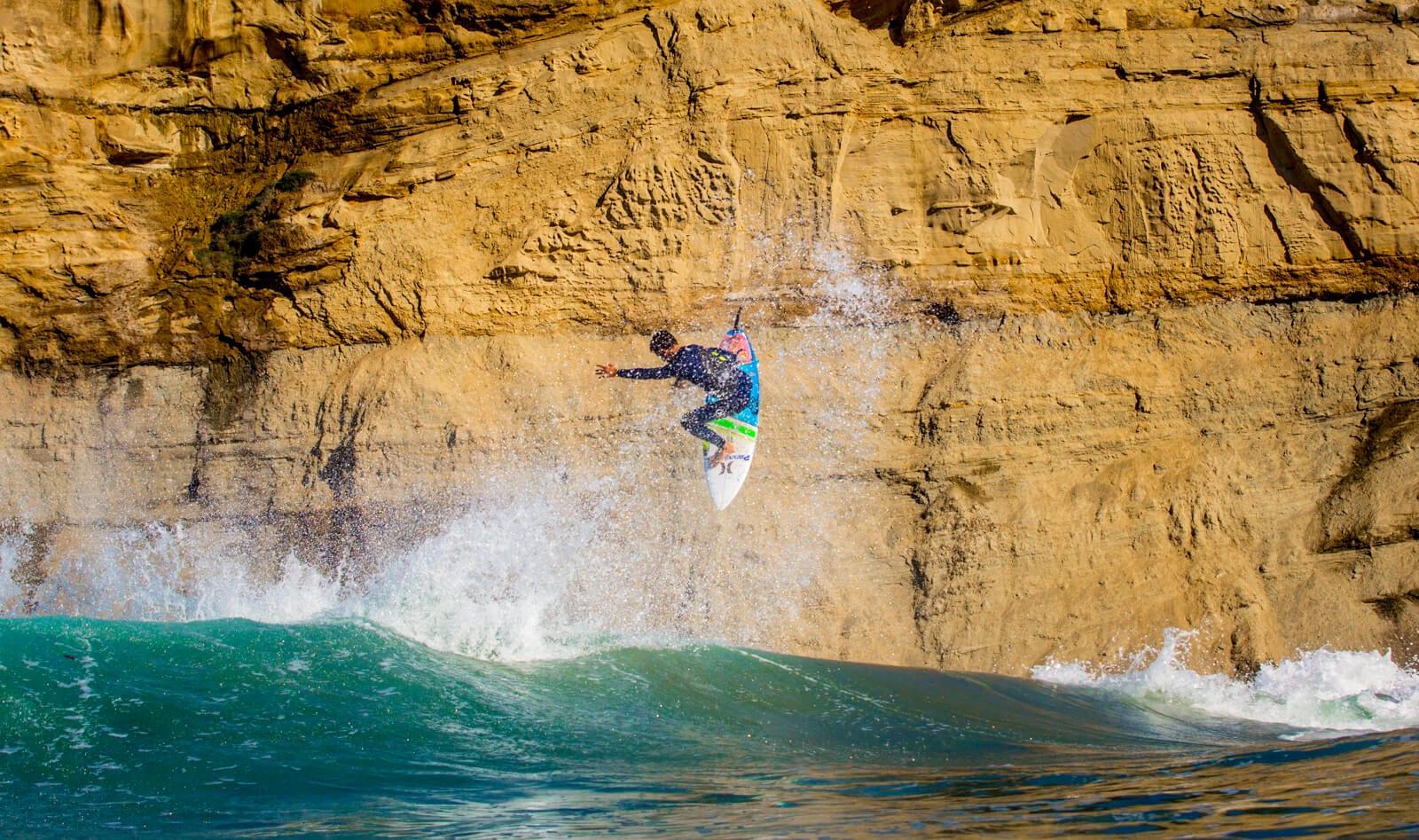 Filipe Toledo massive air - surf technique